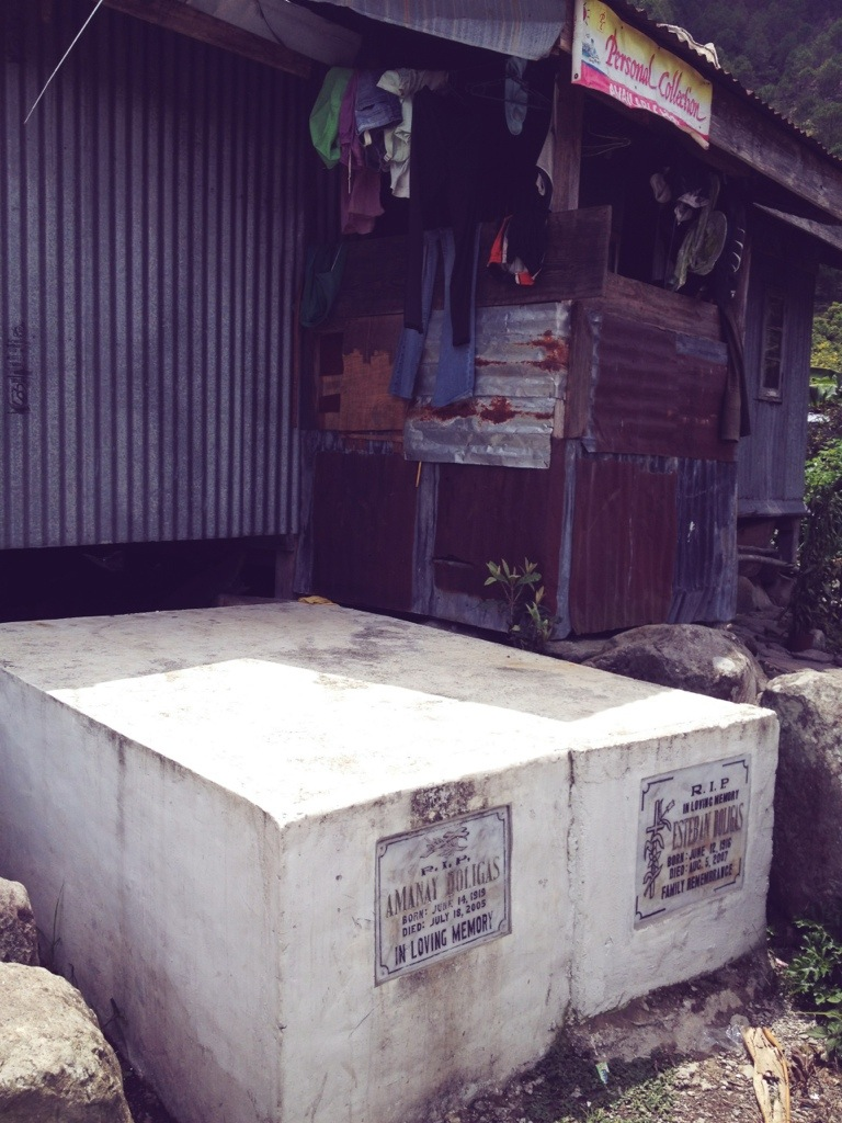 sagada coffin