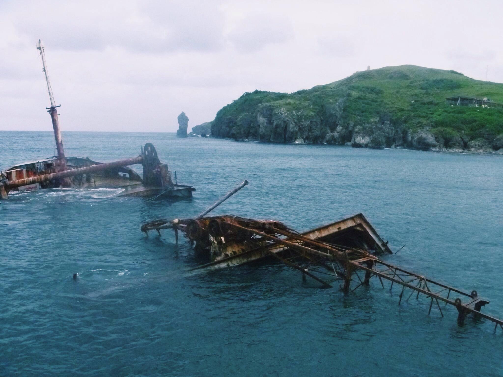 batanes abandoned boats